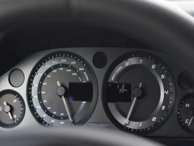 Aston martin Rapide AMR SERIE ONYX BLACK METAL Noir occasion à BEAUPUY - photo n°9