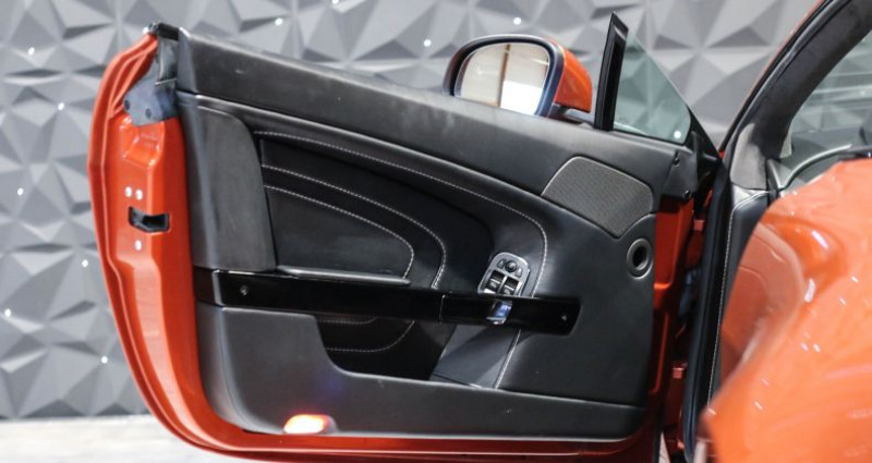 Aston martin V12 Vantage S 573CH SPORTSHIFT III Orange occasion à CHAVILLE - photo n°3