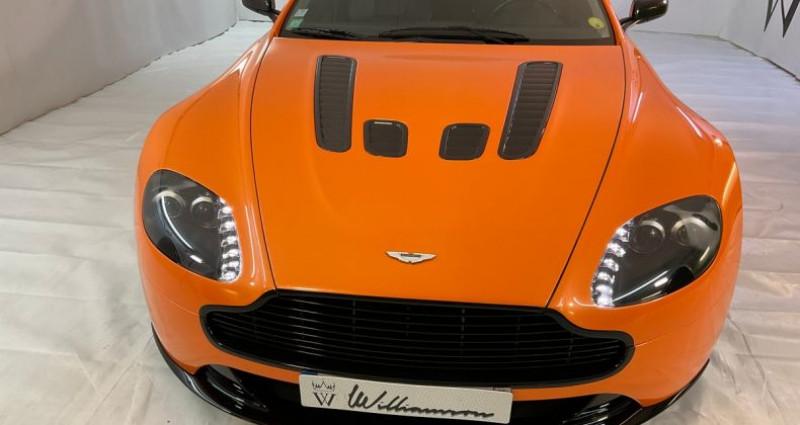 Aston martin V8 Vantage 384chx canique iii Gris occasion à Neuilly Sur Seine - photo n°2