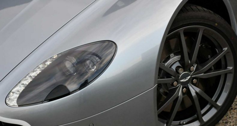 Aston martin V8 Vantage N430 - NAVI - BLUETOOTH - 3.600 KM Gris occasion à Zwevegem - photo n°2