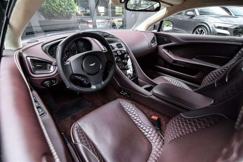 Aston martin Vanquish 6.0 V12 EDITION CARBON ONE Noir occasion à BEAUPUY - photo n°2