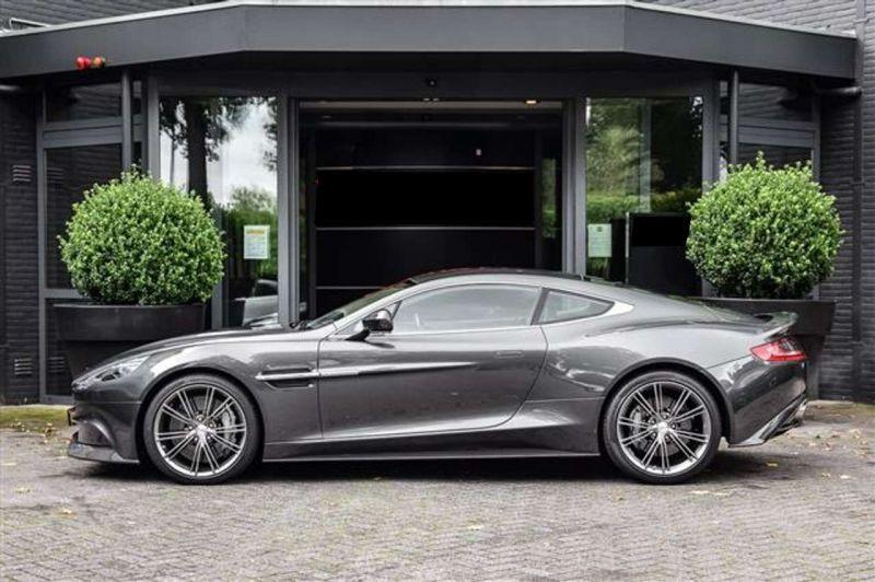 Aston martin Vanquish 6.0 V12 EDITION CARBON ONE Noir occasion à BEAUPUY - photo n°9