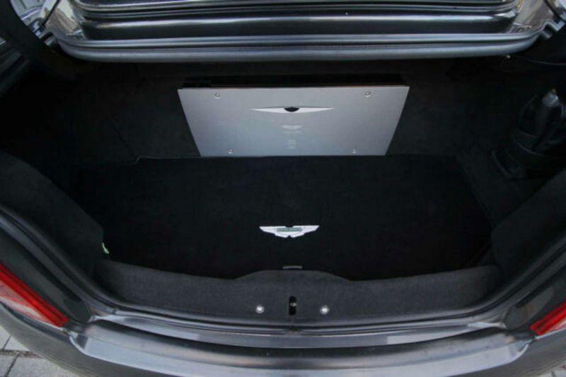 Aston martin Vanquish 6.0 V12 Noir occasion à BEAUPUY - photo n°8
