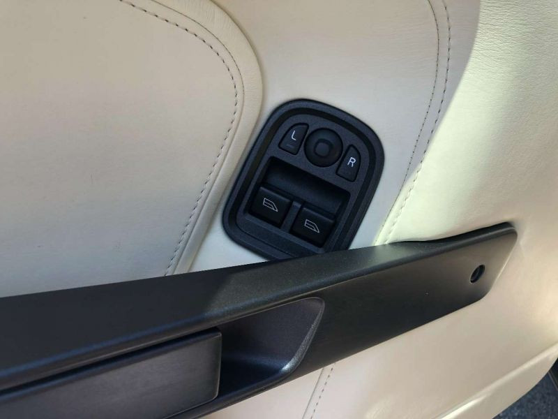Aston martin VANTAGE 4.3 V8 SPORTSHIFT Noir occasion à BEAUPUY - photo n°8