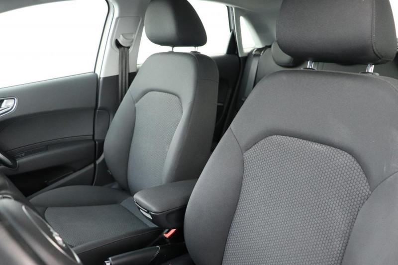 Audi A1 Sportback 1.4 TDI ultra 90 Blanc occasion à Seclin - photo n°5