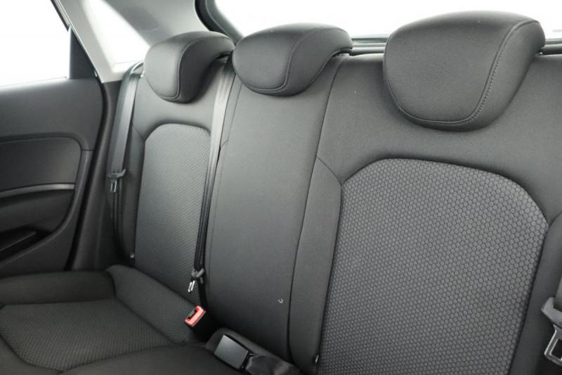Audi A1 Sportback 1.4 TDI ultra 90 Blanc occasion à Seclin - photo n°6