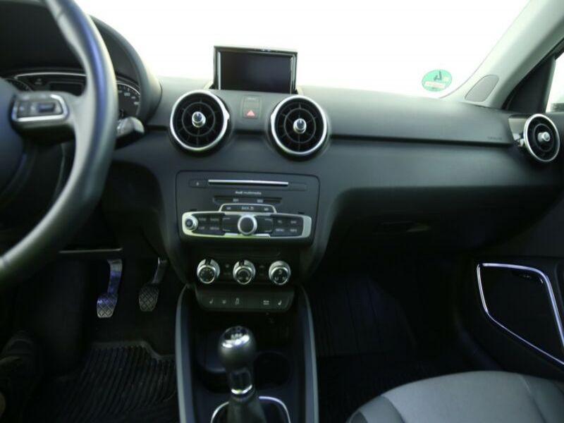 Audi A1 Sportback 1.4 TFSI 125 cv Blanc occasion à Beaupuy - photo n°6