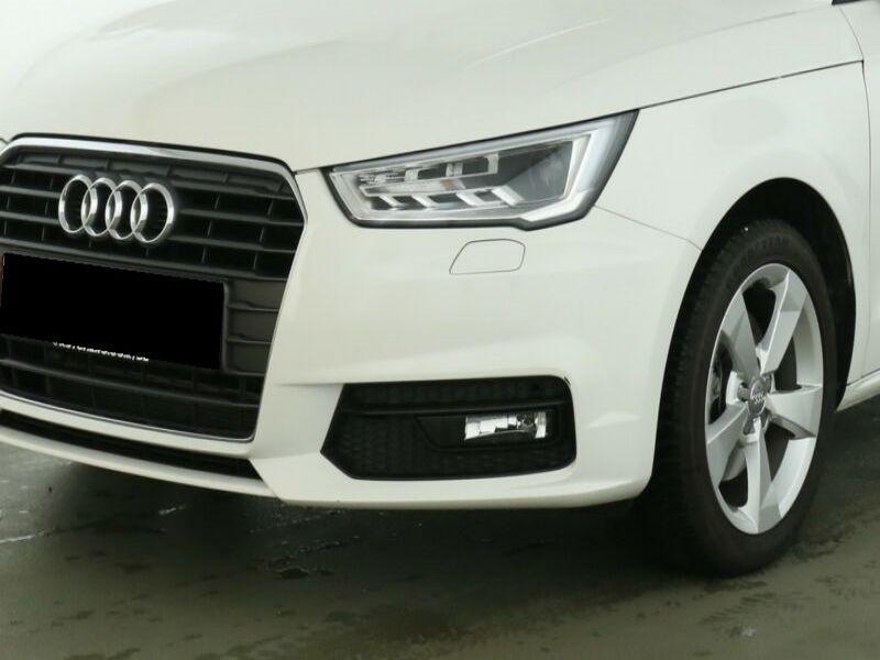 Audi A1 Sportback 1.4 TFSI 125 cv Blanc occasion à Beaupuy - photo n°8