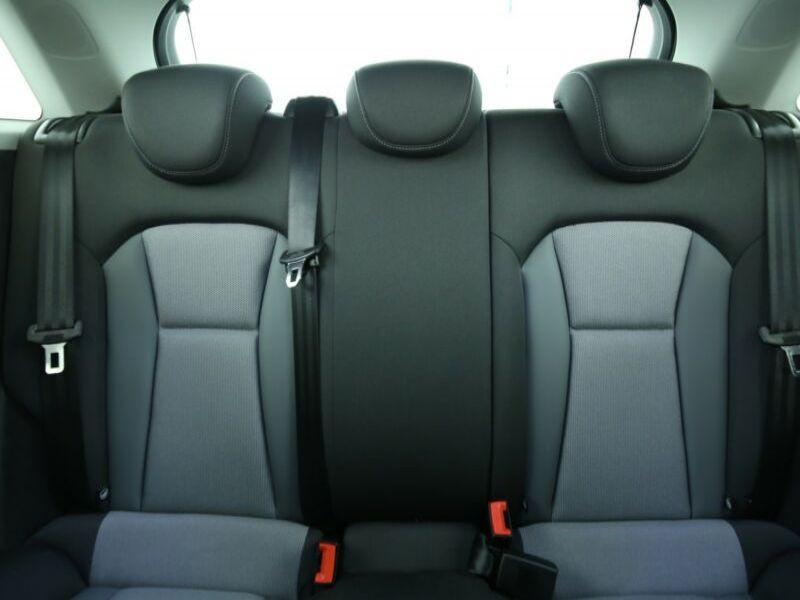 Audi A1 Sportback 1.4 TFSI 125 cv Blanc occasion à Beaupuy - photo n°5
