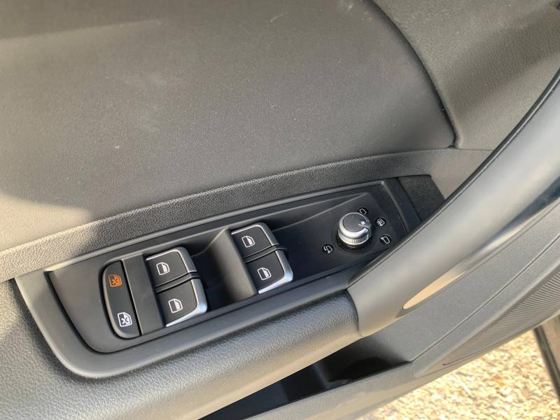 Audi A1 Sportback 1.4 TFSI 125ch Ambition Luxe S-tronic 7 + Toit ouvrant Noir occasion à SAINT-GREGOIRE - photo n°8
