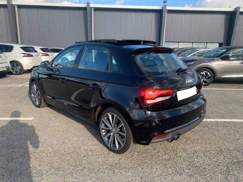Audi A1 Sportback 1.4 TFSI 125ch Ambition Luxe S-tronic 7 + Toit ouvrant Noir occasion à SAINT-GREGOIRE - photo n°4