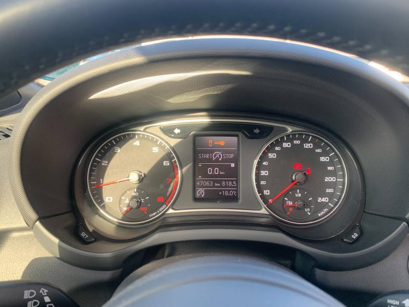 Audi A1 Sportback 1.4 TFSI 125ch Ambition Luxe S-tronic 7 + Toit ouvrant Noir occasion à SAINT-GREGOIRE - photo n°13