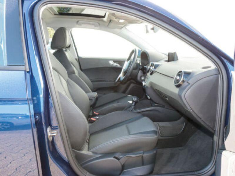 Audi A1 Sportback 1.4 TFSI 150 cv S Line Bleu occasion à Beaupuy - photo n°4