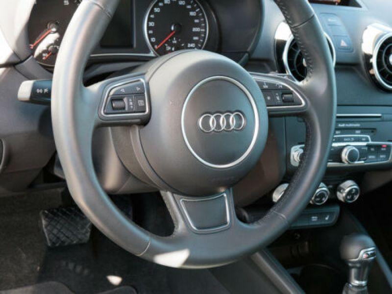 Audi A1 Sportback 1.4 TFSI 150 cv S Line Bleu occasion à Beaupuy - photo n°8