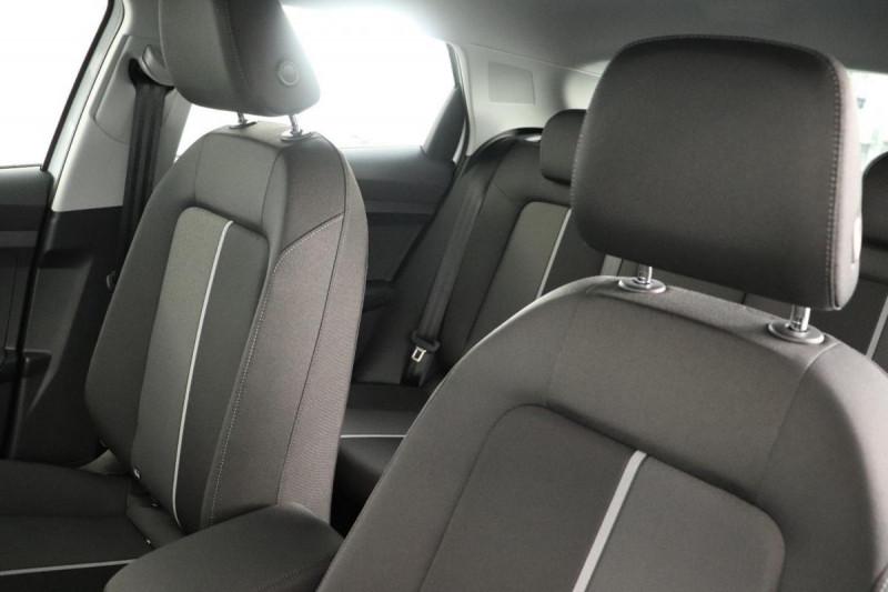 Audi A1 Sportback 25 TFSI 95 ch BVM5 S line Blanc occasion à Aubière - photo n°5