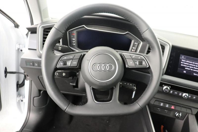 Audi A1 Sportback 25 TFSI 95 ch BVM5 S line Blanc occasion à Aubière - photo n°9