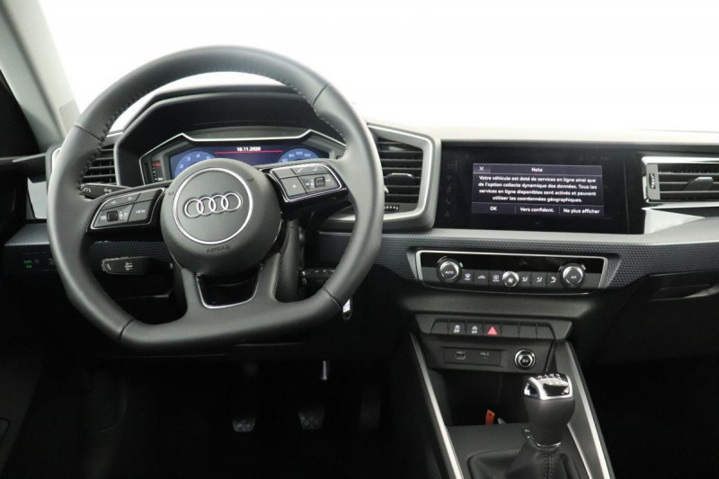 Audi A1 Sportback 25 TFSI 95 ch BVM5 S line Blanc occasion à Aubière - photo n°4