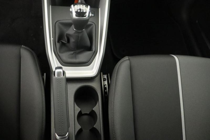 Audi A1 Sportback 25 TFSI 95 ch BVM5 S line Blanc occasion à Aubière - photo n°11