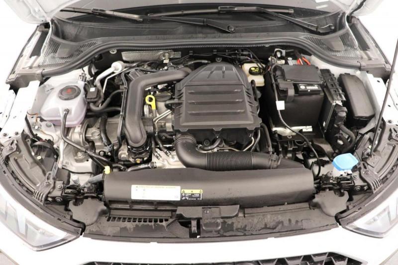 Audi A1 Sportback 25 TFSI 95 ch BVM5 S line Blanc occasion à Aubière - photo n°12