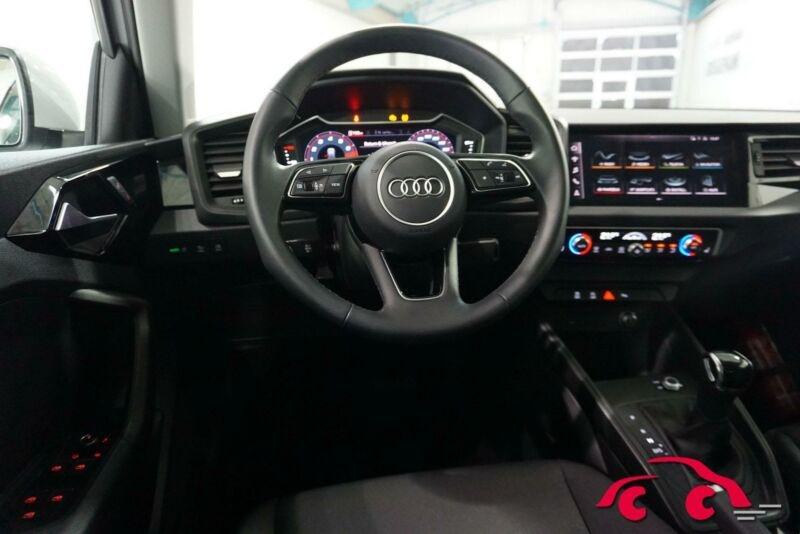 Audi A1 Sportback 30 TFSI 110CH S LINE S TRONIC 7 Blanc occasion à Villenave-d'Ornon - photo n°5