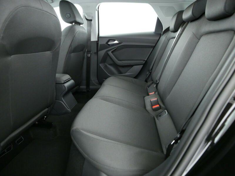 Audi A1 Sportback 30 TFSI 116 S tronic 7 Noir occasion à Beaupuy - photo n°8