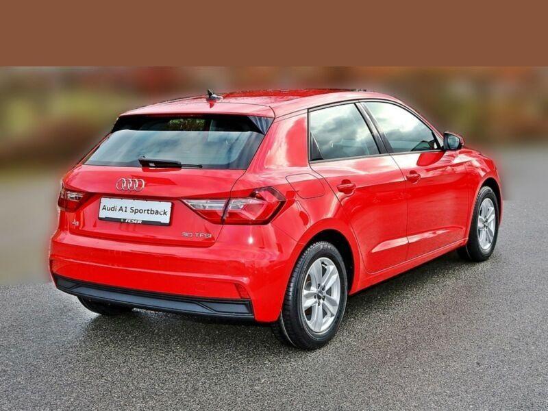 Audi A1 Sportback 30 TFSI 116 Rouge occasion à Beaupuy - photo n°3