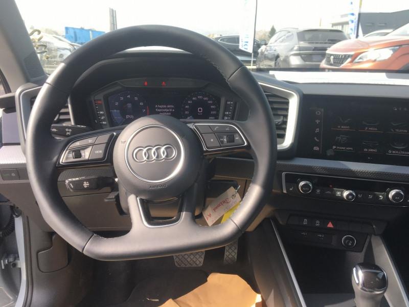 Audi A1 Sportback 30 TFSI 116CH S LINE S TRONIC 7 Blanc occasion à Ibos - photo n°5