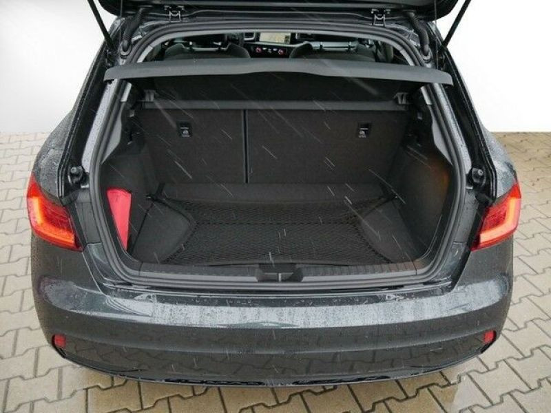 Audi A1 Sportback 35 TFSI 150 S tronic Gris occasion à Beaupuy - photo n°9