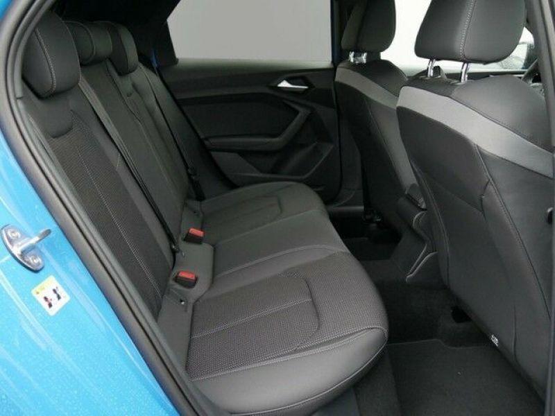 Audi A1 Sportback 35 TFSI 150 S tronic Bleu occasion à Beaupuy - photo n°8