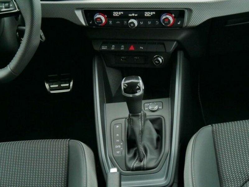Audi A1 Sportback 35 TFSI 150 S tronic Bleu occasion à Beaupuy - photo n°6