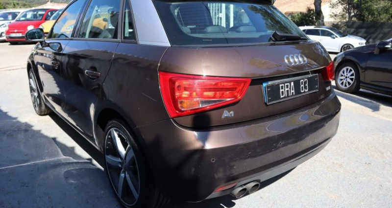 Audi A1 1.4 TFSI 122CH AMBITION LUXE S TRONIC 7 Marron occasion à Le Muy - photo n°4