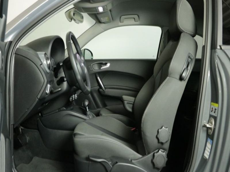 Audi A1 1.4 TFSI 125 cv S Tronic Gris occasion à Beaupuy - photo n°4