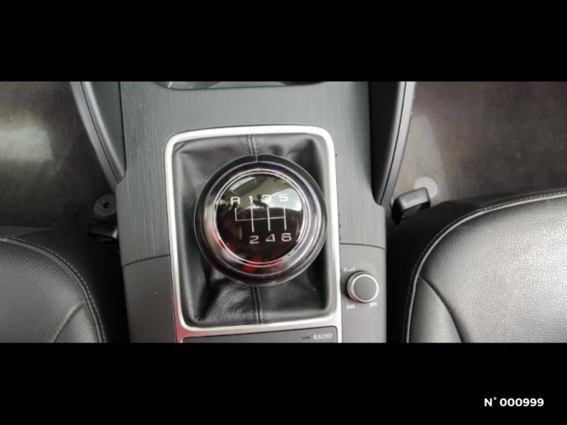 Audi A3 Berline 1.6 TDI 110ch FAP Ambiente Noir occasion à Écuelles - photo n°18