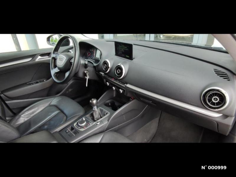 Audi A3 Berline 1.6 TDI 110ch FAP Ambiente Noir occasion à Écuelles - photo n°7