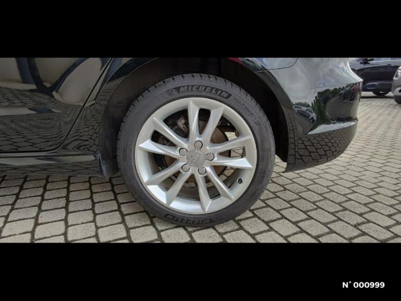 Audi A3 Berline 1.6 TDI 110ch FAP Ambiente Noir occasion à Écuelles - photo n°10