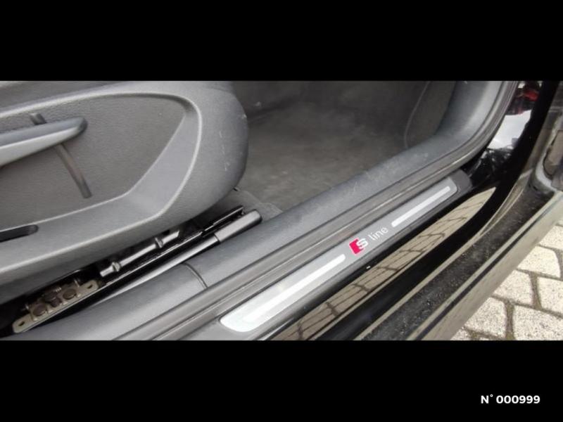 Audi A3 Berline 1.6 TDI 110ch FAP Ambiente Noir occasion à Écuelles - photo n°19