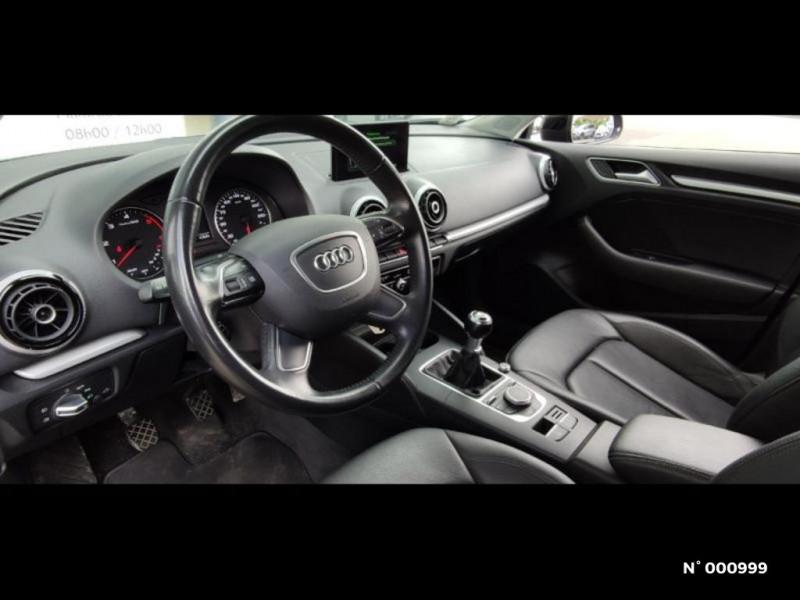 Audi A3 Berline 1.6 TDI 110ch FAP Ambiente Noir occasion à Écuelles - photo n°8