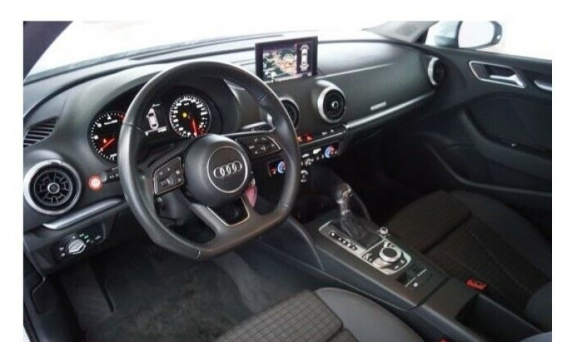 Audi A3 Berline 1.6 TDI 116CH S LINE S TRONIC 7 Blanc occasion à Villenave-d'Ornon - photo n°2