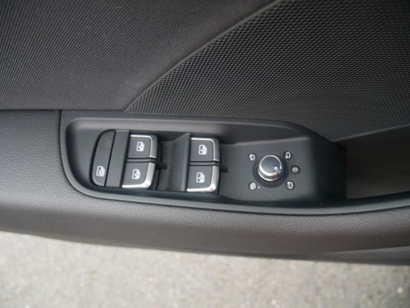 Audi A3 Berline 30 TDI 116 STRONIC SPORT GPS Xénon Plus  occasion à Toulouse - photo n°18
