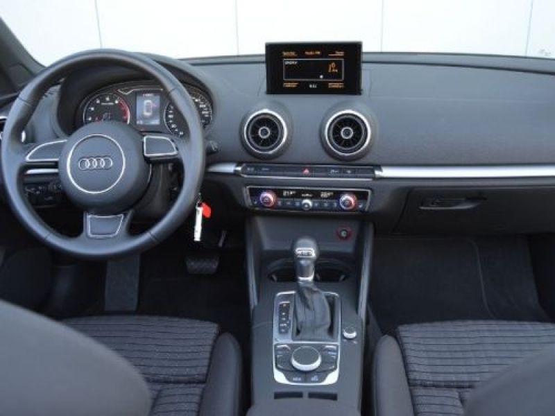 Audi A3 Cabriolet 1.4 TFSI 125 S Tronic Bleu occasion à Beaupuy - photo n°2