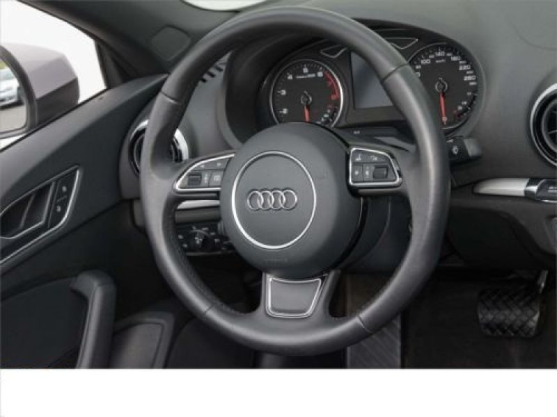 Audi A3 Cabriolet 1.4 TFSI 150 S tronic Gris occasion à Beaupuy - photo n°6
