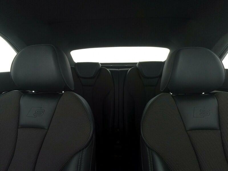 Audi A3 Cabriolet 1.5 TFSI 150CH COD SPORT S TRONIC 7 Noir occasion à Villenave-d'Ornon - photo n°9