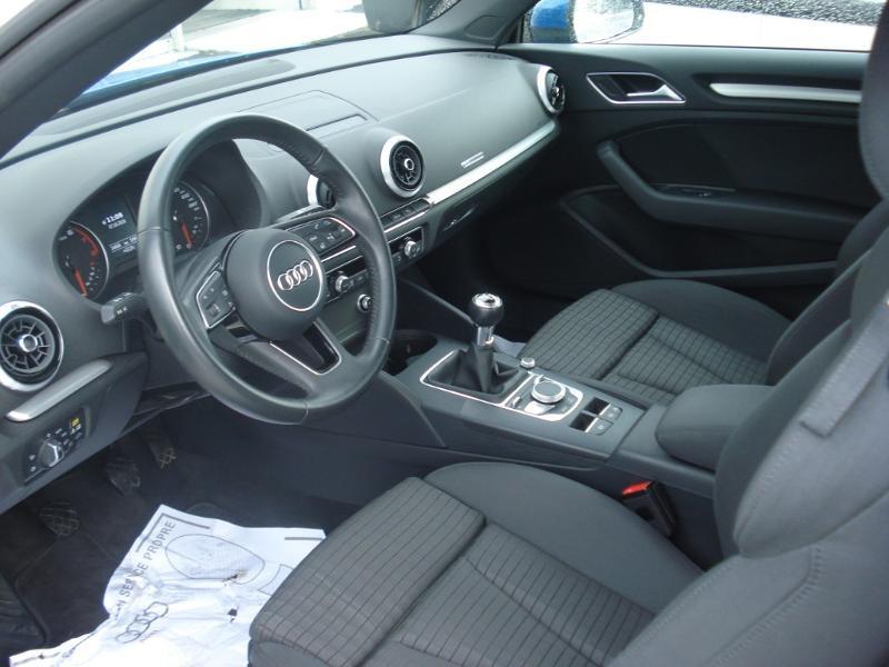 Audi A3 Cabriolet 1.5 TFSI 150ch COD Sport Bleu occasion à Aurillac - photo n°15