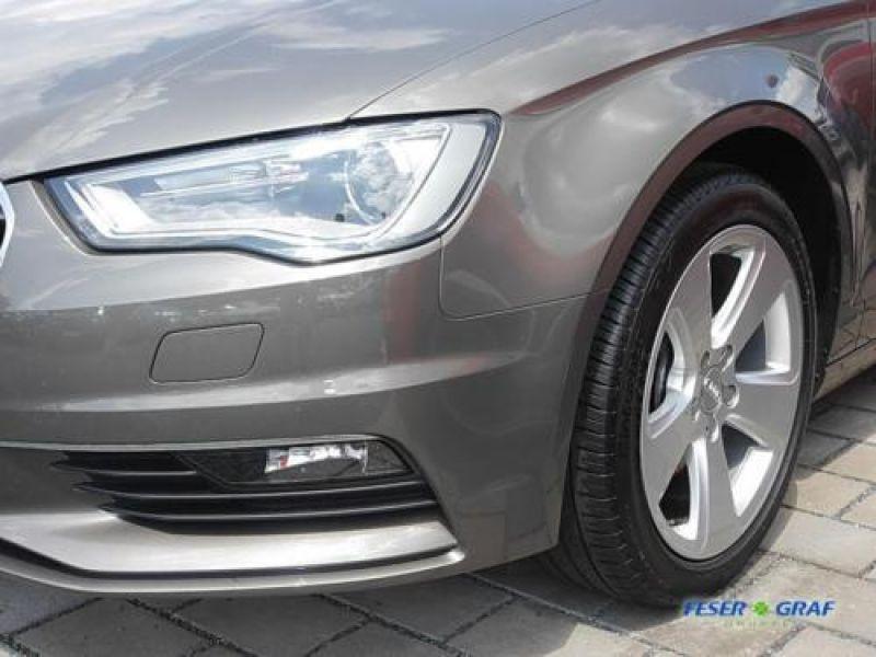 Audi A3 Cabriolet 1.6 TDI 110 cv Gris occasion à Beaupuy - photo n°8