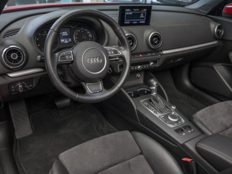 Audi A3 Cabriolet 1.8 TFSI 180 S Tronic Rouge occasion à Beaupuy - photo n°2