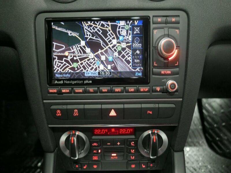 Audi A3 Cabriolet 2.0 TDI 140 DSG Gris occasion à Beaupuy - photo n°7