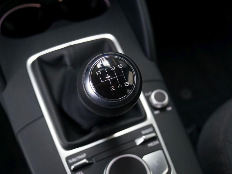 Audi A3 Sportback 1.0 TFSI 116 Argent occasion à Beaupuy - photo n°9