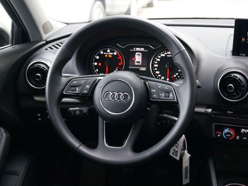 Audi A3 Sportback 1.0 TFSI 116 Argent occasion à Beaupuy - photo n°6