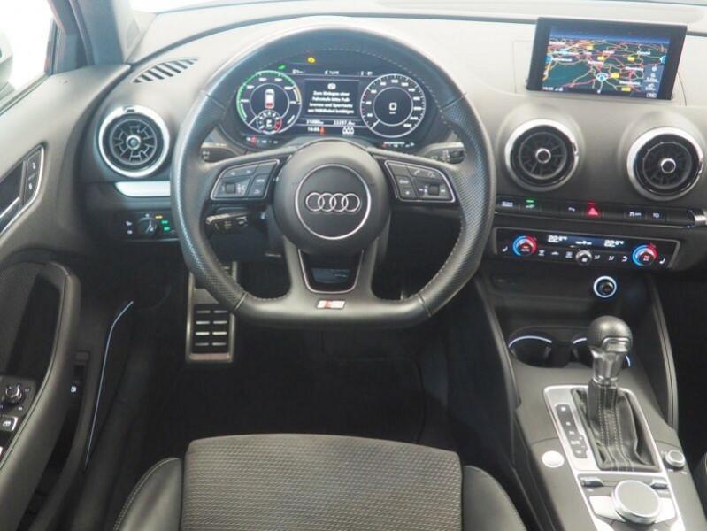 Audi A3 Sportback 1.4 TFSI 204CH E-TRON S LINE S TRONIC 6 Blanc occasion à Villenave-d'Ornon - photo n°3