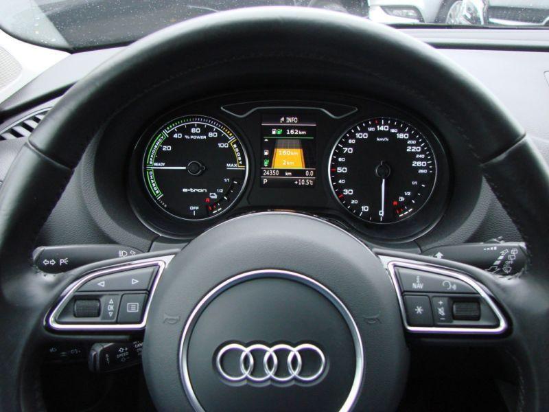 Audi A3 Sportback 1.4 TFSI e-tron S Tronic 204 Gris occasion à Beaupuy - photo n°2